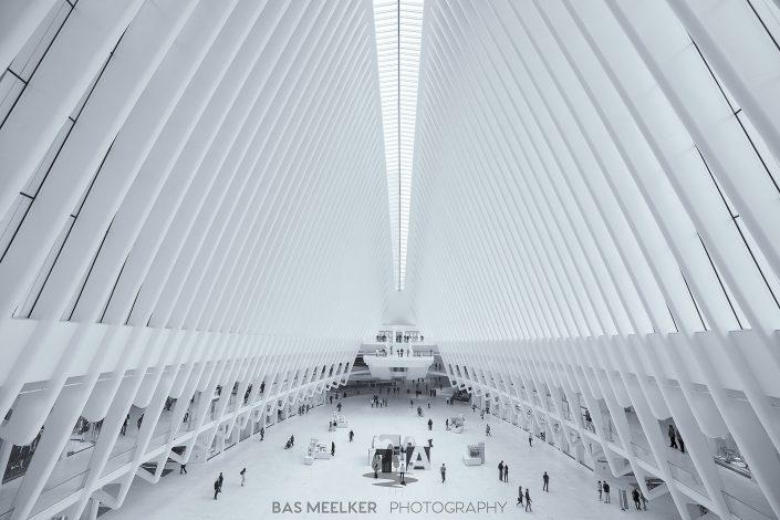 Het Oculus World Trade Center Transportation Hub station bij Ground Zero in Manhattan, New York, USA. Moderne architectuur, gebouwd naar de aanslag op het World Trade Center in 2001.