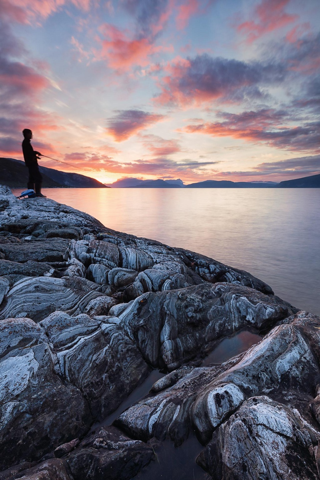 A Fisherman's Sunset - Canon EOS 5Dsr + Canon EF 16-35mm f/4 L IS op 16mm, iso 100, f/14, 4 sec. exposure, Lee ND9 hard grad, Lee ND9, statief en draadontspanner.