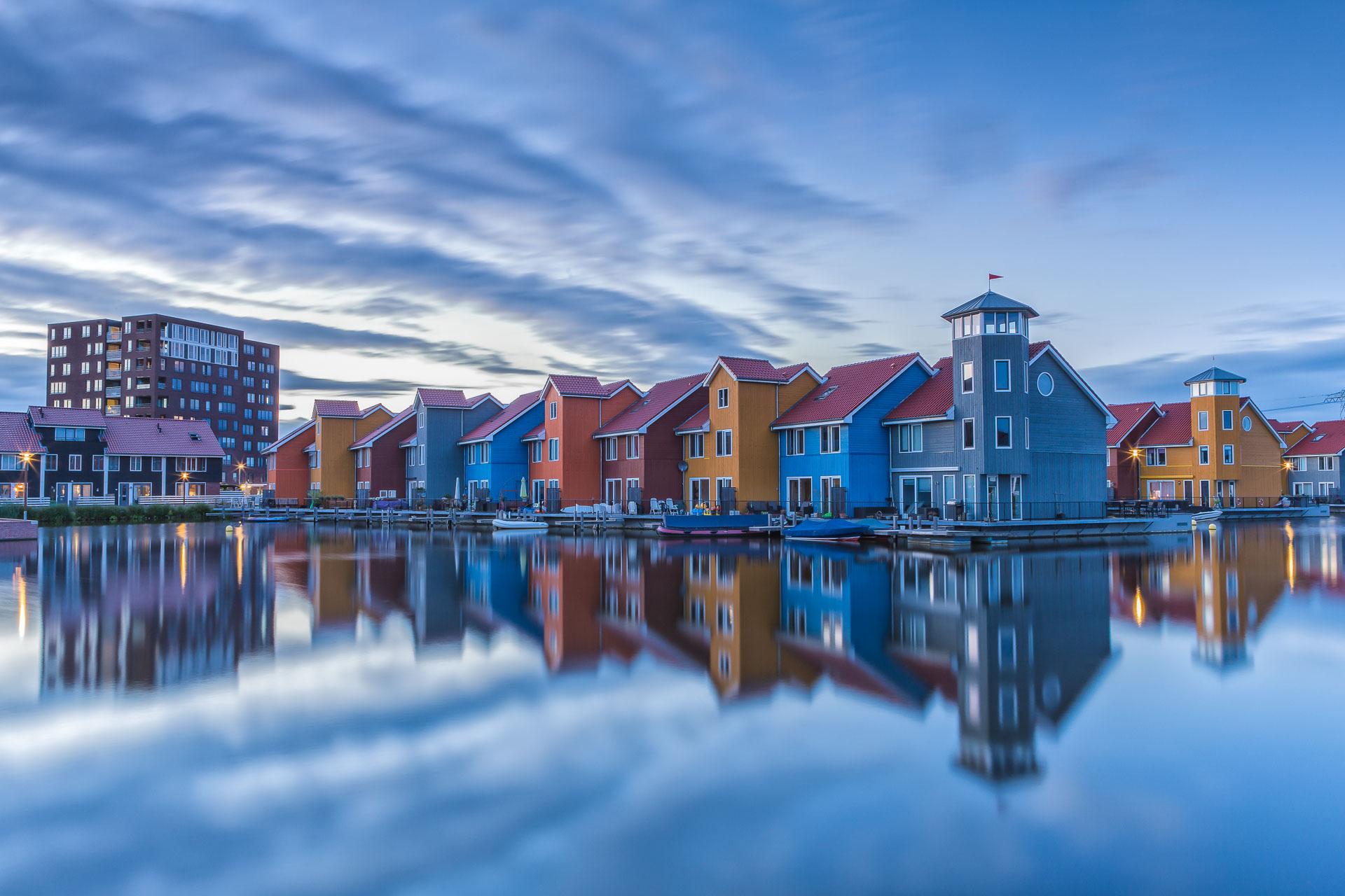 Zonsondergang boven het Reitdiephaven in Groningen