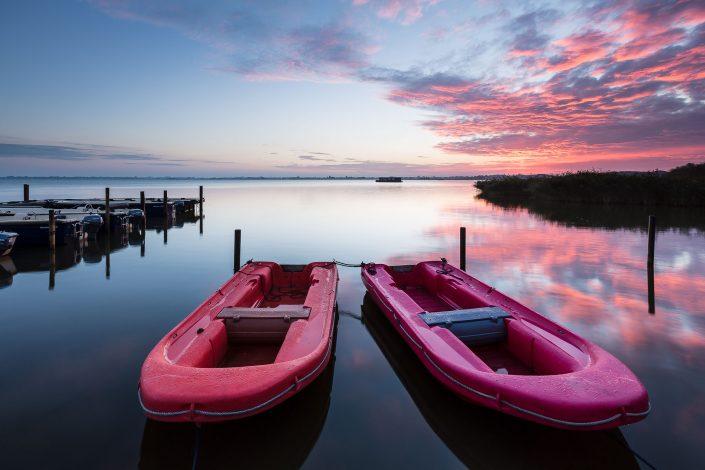 Zonsopkomst boven het Zuidlaardermeer in Drenthe op een kalme ochtend - Bas Meelker Landschapsfotografie